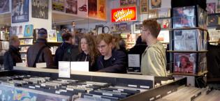 Vinyl lockar trendmedvetna unga