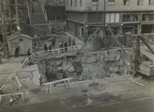 Bygget av Södertunneln/Katarinatunneln för Stockholms första tunnelbana, 1932.