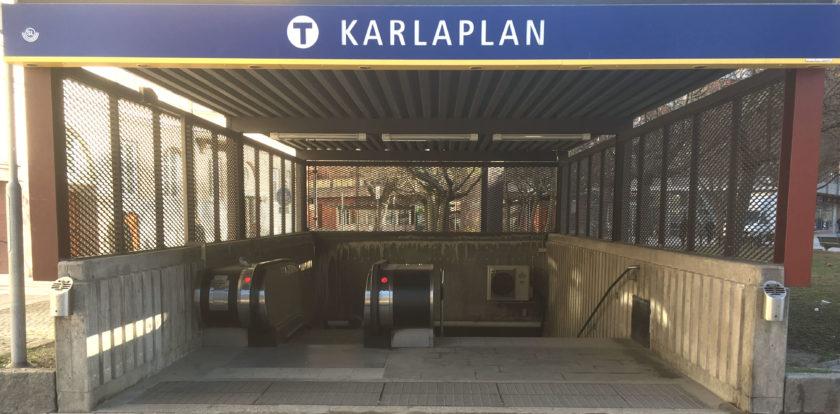 Karlaplans t-banestation med mindre stress än vanligt