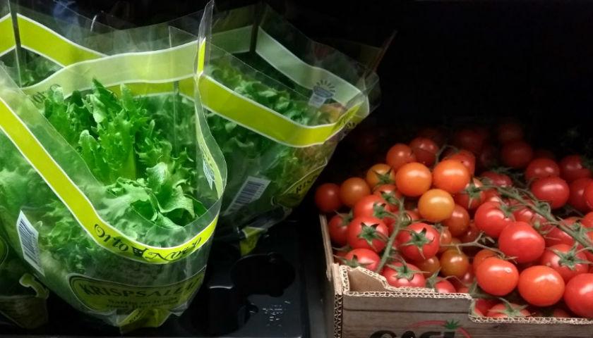 sallad och tomater